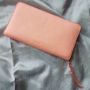 NWT Fossil Coral Large Wallet